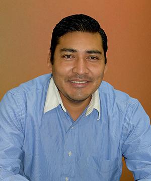 Abg. Ramiro Valle Mandepora