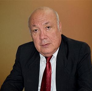 Abg. Gober López Velasco