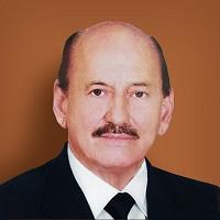 Dr. Mario Orlando Parada Velasco