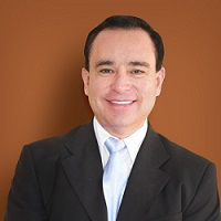 Dr. Marcelo Yabeta Duran